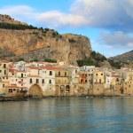 Sicilian town of Cefalu — Stock Photo