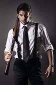 Atraktivní gangster s brokovnicí — Stock fotografie