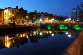 Liffey river in Dublin at dusk — Stock Photo