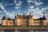 Dramatic cloudscape over Chambord castle — Stock Photo