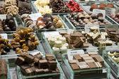 Tartufi al cioccolato, vendita in negozio — Foto Stock