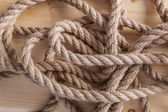 Rope on wooden board — 图库照片