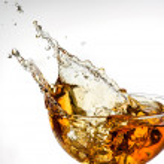 Ice tea. splash in glass — Stock Photo #34181163