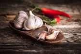 Organic garlic — Stock Photo