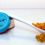 Spoon of molecular caviar — Stock Photo
