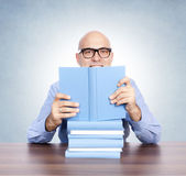 Man with the books — Stock Photo