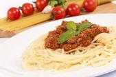 Špagety na talíři — Stock fotografie