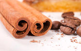 Cinnamon and coffee — Stock Photo