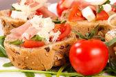 Bruschetta e tomate — Fotografia Stock