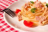 Tuna spaghetti — Zdjęcie stockowe