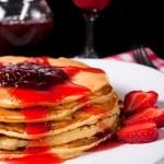 Strawberries pancake — Stock Photo