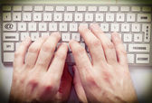 Hands on keyboard — Stock Photo