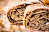 Homemade traditional poppy strudel — Stockfoto