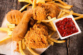 Chicken legs fried — Stockfoto