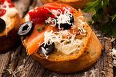 Salmon bruschetta — Zdjęcie stockowe