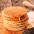 Honey and pancakes — Stock fotografie #38067033