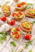 Italian bruschettas with vegetables — Foto de Stock