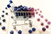 Blueberries in small trolley — Foto de Stock