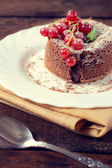 Lava cake and red currants — Stock Photo