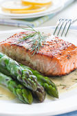 Salmon with Asparagus — Stock Photo
