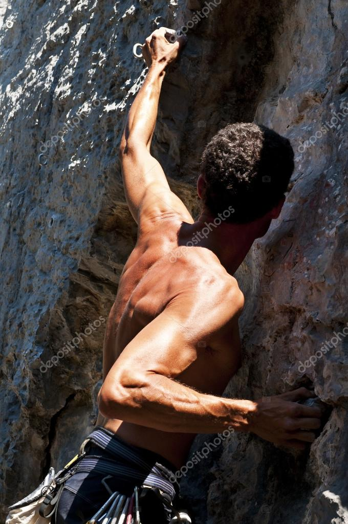Man climbing on limestone, Muzzerone, Italy — Stock Photo #12347364