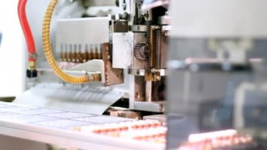 Robotic Arm - Ampule Packaging Line — Stock Video