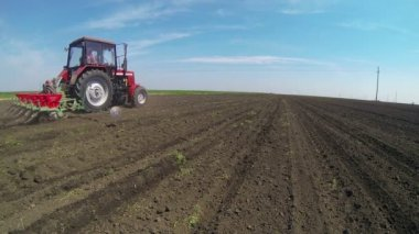 Tractor Sowing the Field — Stock Video
