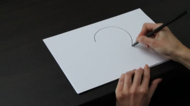 Female hand drawing heart — Vídeo stock