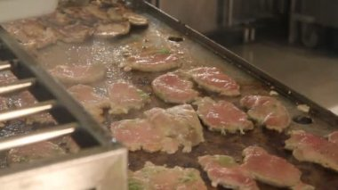 Chef fry the tenderloin steaks — Stock Video