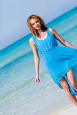 Beautful happy woman on the beach lifestyle summertime — Stock Photo