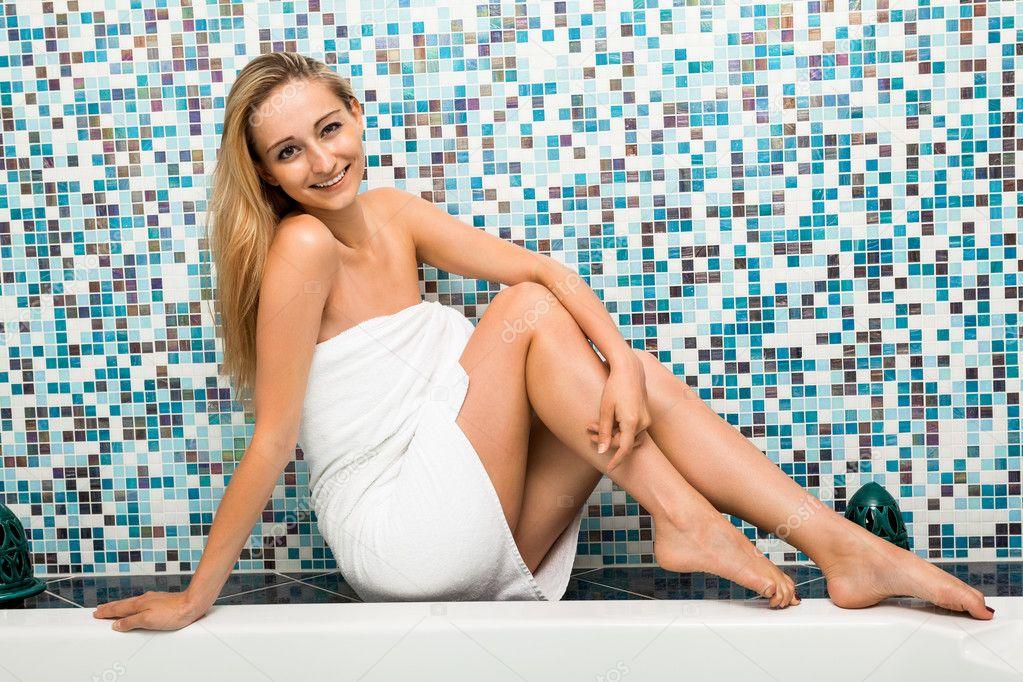 Привлекательная блондинка фото 4 фотография