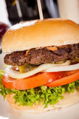 Appetizing cheeseburger — Stock Photo