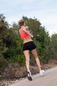 フィット若い女性ジョギング — ストック写真