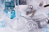 Stylish blue and silver Christmas table setting — Foto de Stock