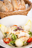 Tasty fresh caesar salad with grilled chicken and parmesan  — 图库照片