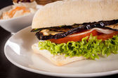 Delicious vegan vegetarian burger with grilled eggplant — Photo