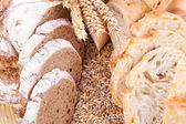 Fresh tasty mixed bread slice bakery loaf — Stockfoto