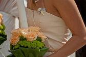 Brudtärna med ljus dekorerade för bröllop — Stockfoto