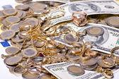 お金と宝石 — ストック写真