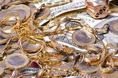 ビューを閉じるとお金と宝石 — ストック写真