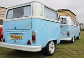 Retro van with matching trailer — Stock Photo