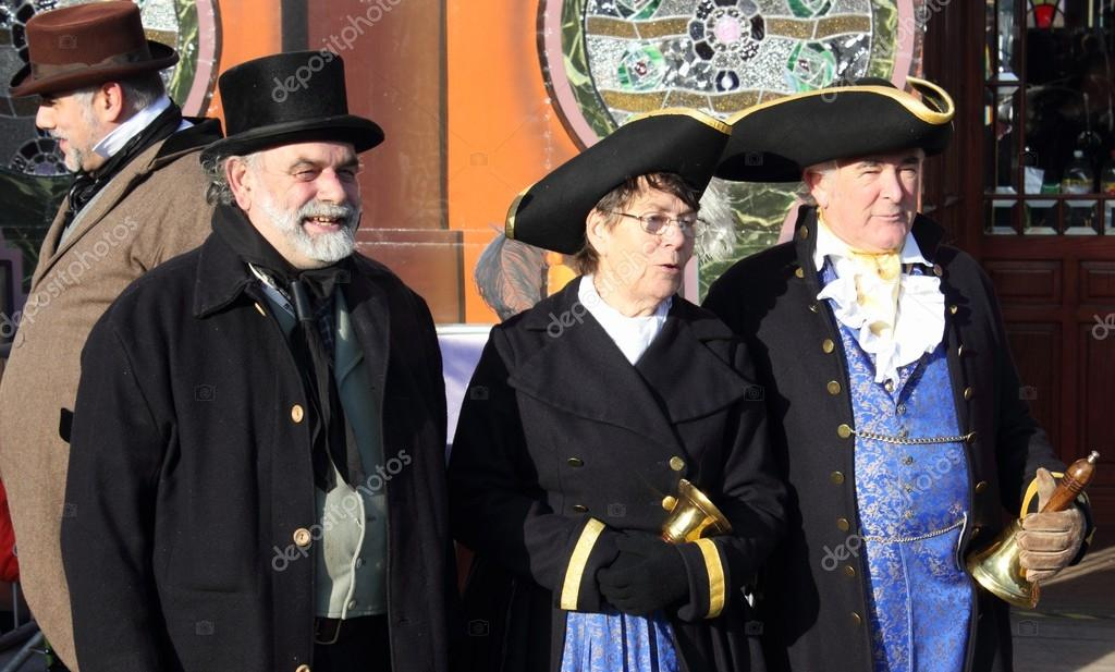 Victorian's and town criers wearing vintage clothing — Stock Photo #16223187