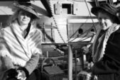 Victorian women — Stock Photo