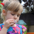 Blowing bubbles — Stockfoto
