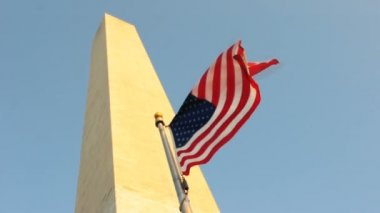 US Flag and Washington Monument — Stock Video