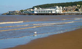 Weston-super-Mare beach seafront and Pier — Stock Photo