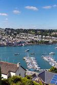 Dartmouth devon e barche sul fiume dart da kingswear — Foto Stock