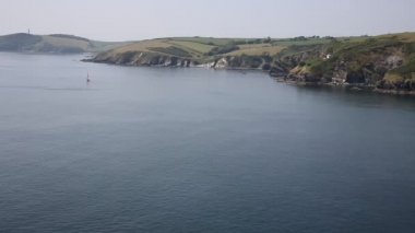 Cornwall River Fowey entrance and coast from Polruan England near St Austell on a beautiful summer day — 图库视频影像