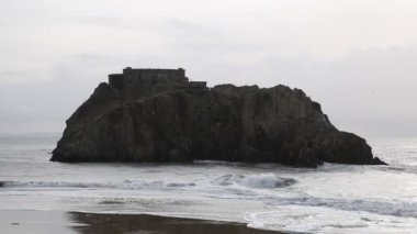 St Catherines Island viewed from Tenby Pembrokeshire Wales — Stock Video