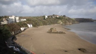 Tenby beach and coast Pembrokeshire Wales historic Welsh town — Stock Video